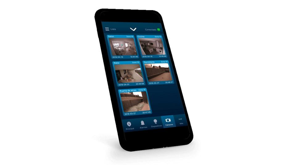 Teléfono móvil con imágenes en su pantalla